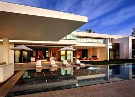 stunning waterfront modern masterpiece by ralph choeff in miami