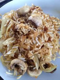 cuisine avec du riz poêlée riz et chignons et sa cuisine gourmande et légère