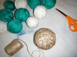 how to make a yarn wreath how tos diy
