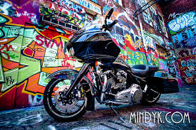 bagger custom graffiti photography mindykdotcom harley