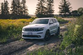 jeep srt review 2015 jeep grand cherokee srt canadian auto review