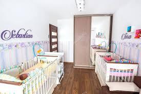 chambre de bébé jumeaux daccoration chambre bebe jumeaux 21 besancon 18060023 depot