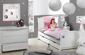 chambre fille 6 ans enchanteur décoration chambre fille 6 ans avec decoration chambre