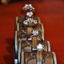 engagement rings that look real what different engagement ring diamonds look like on real