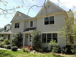 stunning 5 bed 5 full bath 3 4 minutes homeaway east hampton