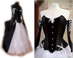 robe de mari e gothique robe de mariee originale baroque blanche tulle victorienne