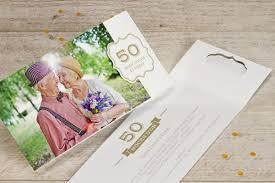 invitation anniversaire mariage une invitation en or pour votre anniversaire de mariage