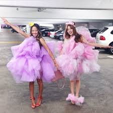 Matching Women Halloween Costumes Diy Halloween Costumes Friends Popsugar Smart Living