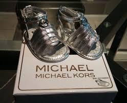 nib new in box michael kors girls baby joy hannah silver crib shoe