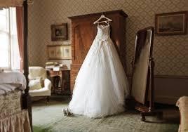 5 ways to recycle a wedding dress money