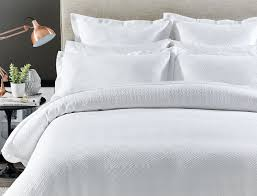 syracuse quilt cover bed bath n u0027 table