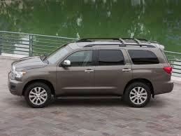 toyota an toyota sequoia 2011 pictures information u0026 specs