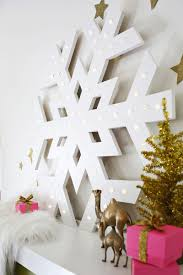 have to make this giant snowflake marquee christmas pinterest