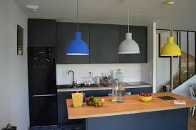 cuisine bois laqu cuisine bois et blanc laqu simple cuisine moderne blanc laque