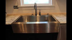 Discount Apron Front Kitchen Sinks by Apron Front Farmhouse Kitchen Sinks Youtube