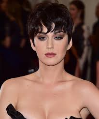 kris jenner haircut 2015 katy perry wears kris jenner wig to the met instyle com