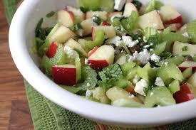 insalata di sedano e mele insalata di sedano e mela con bacche di goji la ricetta contorno
