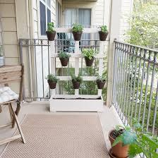 Vertical Garden For Balcony - how to build a vertical balcony garden