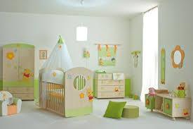 meubles chambre bébé le ciel de lit bébé protège le bébé en décorant sa chambre archzine fr