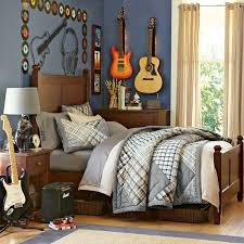 Boys Bedroom Themes by Music Bedroom Theme With Guitar Decoration Bedroom Design