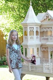 victorian dollhouse that fits barbies barbie doll house plans