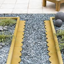 Patio Edging Options by Traditional Scalloped Paving Edging Buff L 600mm H 150mm T