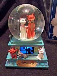aristocats snowglobe rare 40th anniversary disney store exclusive