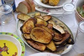 cuisiner l aubergine à la poele recette aubergines frites à la poêle cuisine grecque