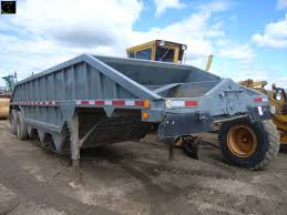 belly dump gravel trailer 3 hopper tandem axle tires 10r 22 5