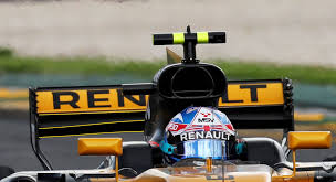 renault tries new rear wing in china