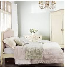 Cream Bedroom Furniture Sets by Shabby Chic Bedroom Furniture Sets Delivery Exceptions Scottish