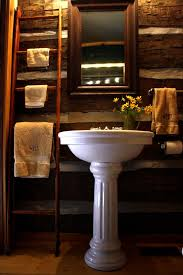 Log Cabin Bathroom Accessories by Top 25 Best Cabin Bathrooms Ideas On Pinterest Country Style