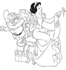 walt disney christmas coloring pages 199 best disney snow white images on pinterest snow white