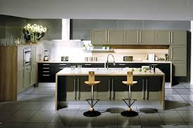 ilot central cuisine avec evier ilot central rond cuisine avec ilot central arrondi with ilot