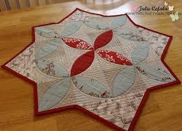 winter seeds table topper free quilting tutorial how to fast