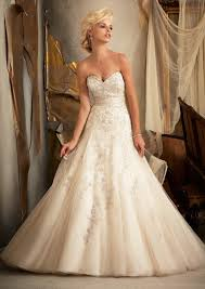 183 Best Wedding Dresses Images On Pinterest Wedding Dressses
