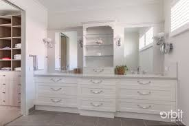 Hampton Home Design Ideas by Hamptons Style Ensuite And Walk In Robe Classic Finishes For The