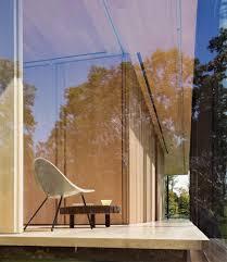 desai chia architecture creates a glass box home in the new york