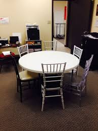 how many does a 48 inch round table seat attractive how many chiavari chairs fit at a 48 round table national