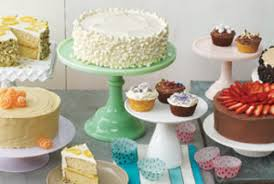 Cake Decorators Cake Decorating Techniques And Baking Tips Real Simple