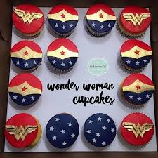 más de 25 ideas increíbles sobre pastel de mujer maravilla en
