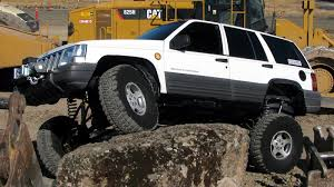 jeep cherokee off road tires jeep grand cherokee 4x4 project zj part 28 full flex iron rock off