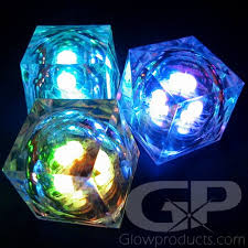 8 mode multi color light up led cubes glowproducts