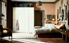 what colors go with grey walls full size of bedroom gray what color curtains go with grey walls