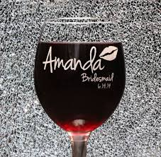 how to personalize a wine glass best 25 bridesmaid wine glasses ideas on wedding