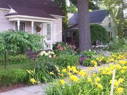 Sidewalk Garden Ideas Uncategorized Front Sidewalk Landscaping Ideas For Beautiful