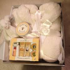 gift ideas for expecting parents baby gift ideas for expecting parents best ideas about pregnancy
