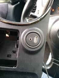 lexus ct200h mods factory look for aux in mod and usb charging lexus is forum