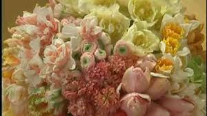 Square Vase Flower Arrangements Video Square Vase Four Quadrant Bouquet Martha Stewart