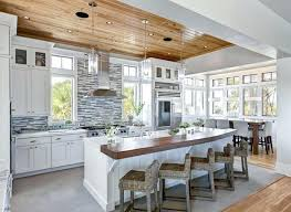 cuisine avec ilots cuisine avec ilot central et table 0 arlot de cuisine blanc cuisine